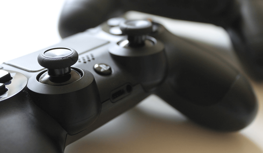 8 Completely Untrue Myths About Video Games